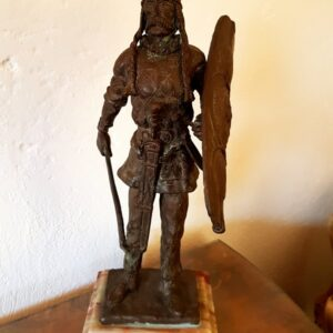 antique-sculpture-warrior