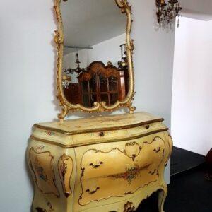 bijela-venecijan-komoda-ogledalom-slika-95453776