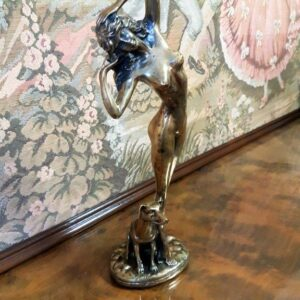 dekor-skulptura