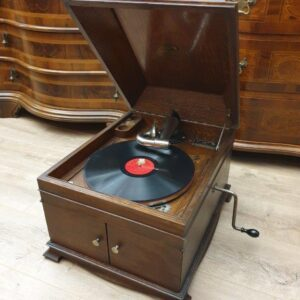 gramofon-katema