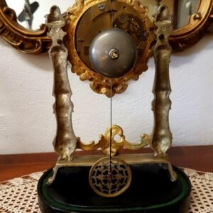 stakleni-sat