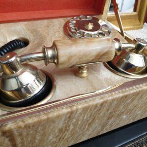 starinski-telefon