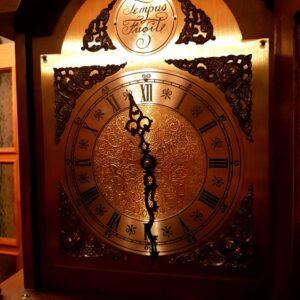 veliki-antikni-sat