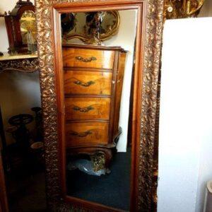 veliko-staro-ogledalo