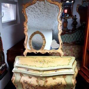 venecijanska-komoda-s-ogledalom