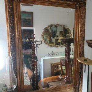 veliko ogledalo
