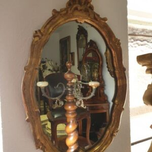 zlatno malo ogledalo