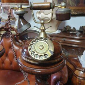 starinski telefon